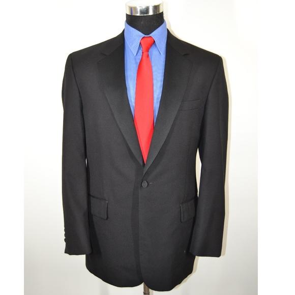 Jos. A. Bank Other - Jos A Bank 39R Tuxedo Jacket Black Wool